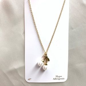 NEW‼️CharmingCharlie gold necklace w/ white cherry